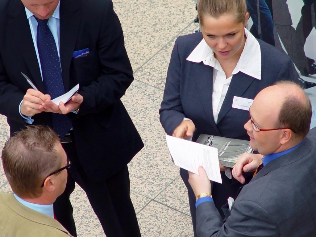 business-meeting-1239197-1280x960